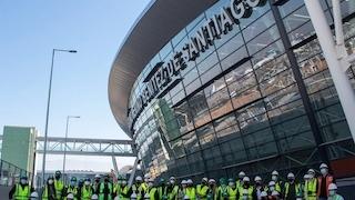 Spotters e influencers recorren junto a Nuevo Pudahuel la nueva terminal 2 del aeropuerto de Santiago
